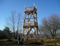 Drevená rozhľadňa Cerová vrchovina – stavba rozhľadne