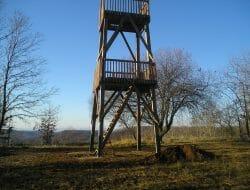 Vyhliadková veža Šomoška – turistická rozhľadňa